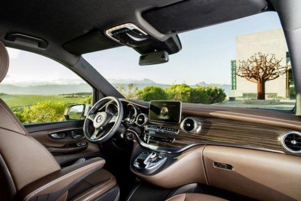 Mercedes benz v klasse die neue mercedes benz v klasse for Interieur neue a klasse